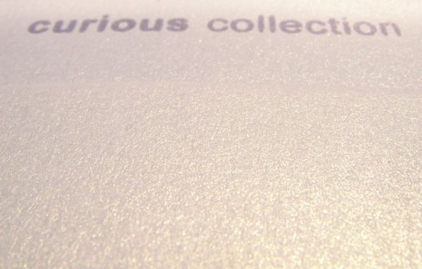 CURIOUS METALLICS WHITE